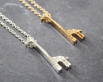 Giraffe Charm Necklace, Giraffe Jewellery, Gold Giraffe Necklace, Silver Giraffe Necklace, Animal Jewellery, Animal Lover Gift,