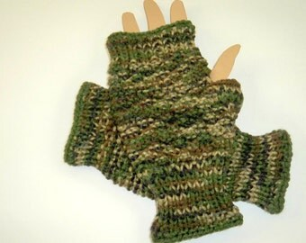 Men's Camo Fingerless Gloves, Hand Knit Wrist Warmers, Holiday Gift, Fingerless Mits for Biking, Hand Made Gifts for Outdoorsmen, Dad's