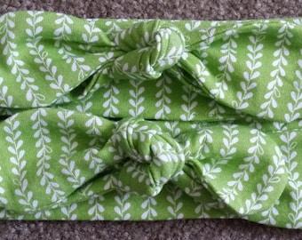 Knotted headband - leaf