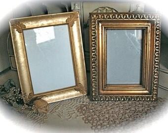 Set of 2  vintage picture frames.