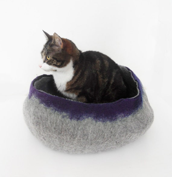 Cat Bed House Basket natural grey and Blue Cat Bedding