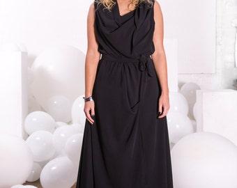 Kira drape dress in black