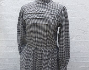 Houndstooth Vintage dress women's clothing Winter wool prairie dress 1980s handmade ladies tailored dress warm heritage womens frock UK8/10