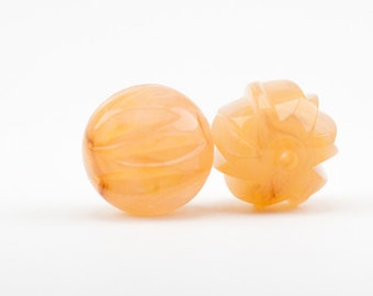 18mm carved bead 2pcs