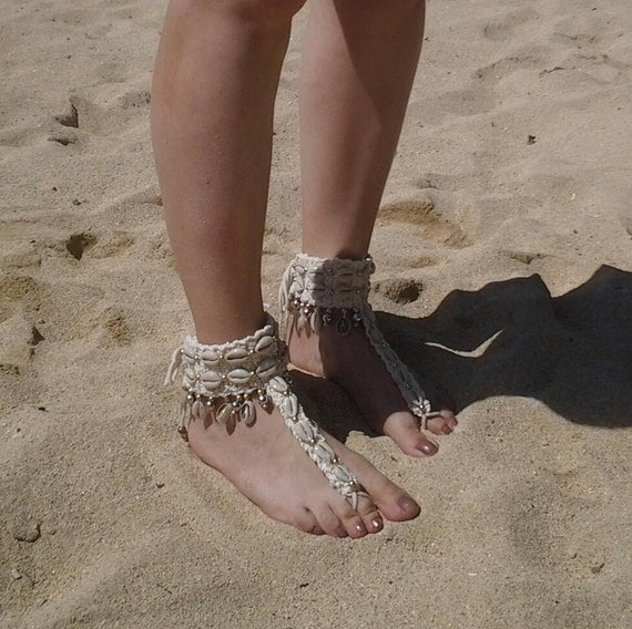 N412- Sandals anklet  with shells