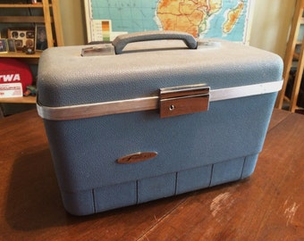 Vintage Blue Forecast Train Case - Nice Condition