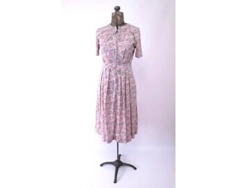 Shelton Stroller Nylon Shirtwaist Dress Slinky Floral Gray Pink Vintage size 14 M to L