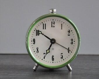 Prim Green Alarm Clock, Mechanical Movement, Retro Clock, Retro Alarm Clock, Antique Clock, Mid Century Alarm Clock, Mid Century Clock
