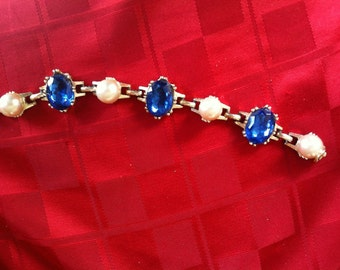 Mid century Vintage Faux Sapphire and Pearl Link Bracelet Large Stones Beautiful!