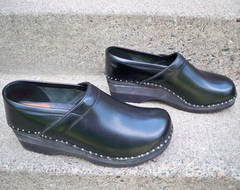 Vintage Troentorps Black Leather Swedish Mens Clogs Mules Shoes Size 47/ 13.5 medium US Made in Sweden