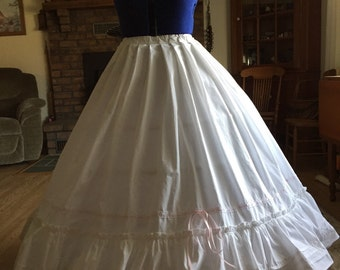 Ladies Civil War Cotton Ruffle Petticoat