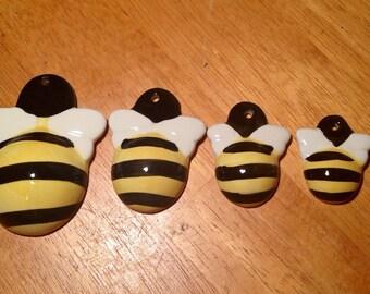 Ceramic Bumble Bee Measuring Spoon Set