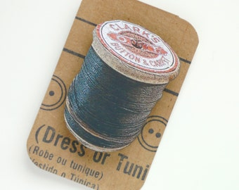 Wooden Spool Brooch Black Cotton Thread Bobbin Pin Retro Sewing Gift for Sewers 3D Effect