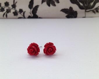 Mini rose studs