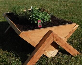 Natural Aromatic Cedar Porch Planter