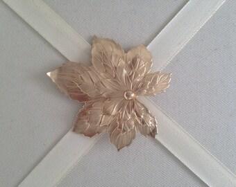 Vintage Signed Sarah Coventry Gold Tone Leaf  Fashion Brooch