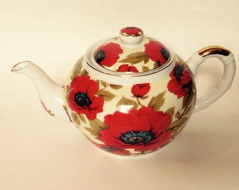 Vintage Poppy Tea Pot with Diffuser Mint Condition