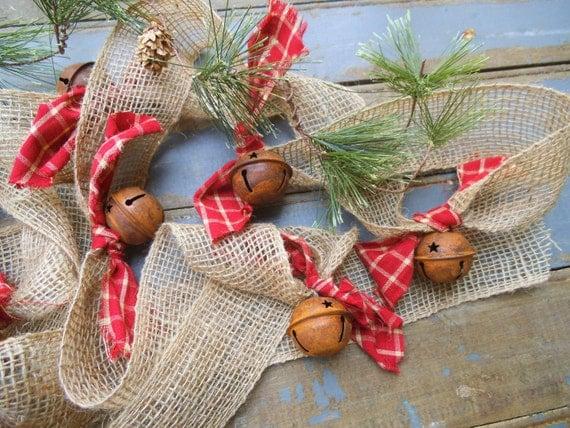 Burlap garland christmas rusty bells rustic