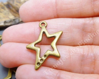 Bronze Star Charms - Antique Bronze charms lot - Scrapbooking, jewelry making findings - Lot of 10 -  MC0708