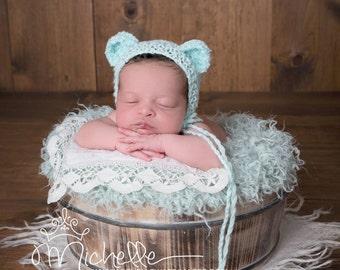 Newborn knit bear bonnet