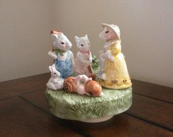 Vintage Porcelain Schmid Music Box