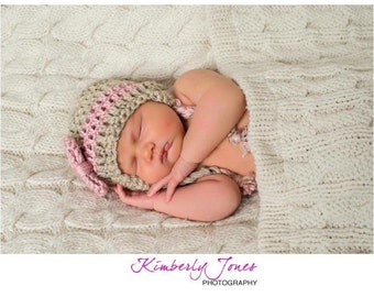 Crochet Bow hat with or without earflaps