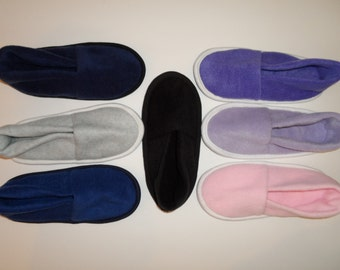 Katydid Medium Fleece Slippers
