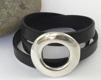 Triple Wrap Black Leather Bracelet with Silver Circle Clasp, Wrap Bracelet, Leather Bangle, Unisex Leather Bracelet, Silver Clasp