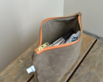 Large Waxed Canvas Zipper Pouch