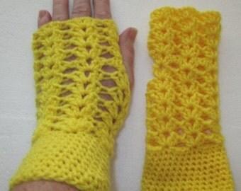 Hand Crocheted Ladies Fingerless Gloves - AUSTRALIAN MADE