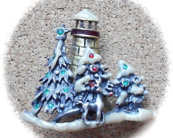 PRICE REDUCED G8: Unique vintage Christmas trees with lighthouse brooch