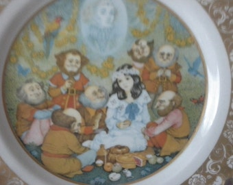 snow white and the seven dwarfs collectors fairy tale plate