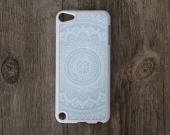 Vintage Blue White Floral iPod Touch 5 case and iPod Touch 4 Case,iTouch 5/4 Rubber Case