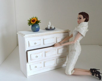 1/6 scale dresser_commode_sideboard_Blythe_Momoko_Pullip_Fashion Royalty_BJD_dollhouse furniture_bedroom_miniature diorama_playscale