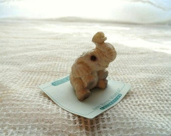 United Design BABY ELEPHANT Itty Bitty World Collection- Elephant Baby Figurine- Miniature Cabinet Display- Tiny Pachyderm Statue