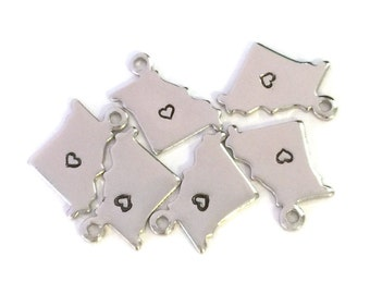 2x Silver Plated Missouri State Charms w/ Hearts - M070/H-MO