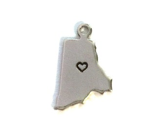 2x Silver Plated Rhode Island State Charms w/ Hearts - M070/H-RI