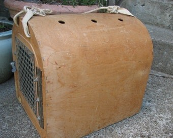 "Vintage ""homemade"" pet carrier / cage"