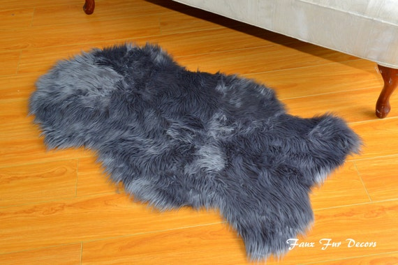 sheepskin rugs faux fur natural shapes flokati gray shaggy fur. Black Bedroom Furniture Sets. Home Design Ideas