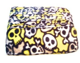 Fleece Diaper Liners Set of 12 - Skull & Crossbones