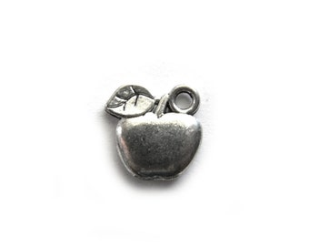 10 Silver Apples Charms