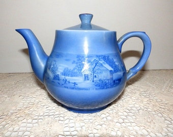 Vintage Currier and Ives Teapot