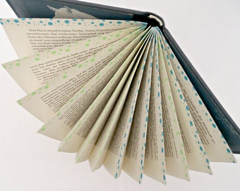Upcycling-fan solution from a book of your choice
