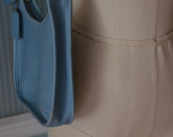 Small VINTAGE Light Blue Leather COACH HANDBAG