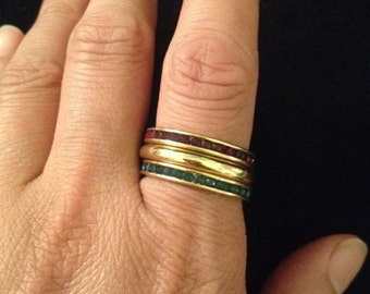 Vintage Avon Stackable Rings - Size 9