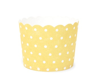 Yellow and White Polka Dot Baking Cup