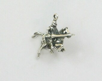 Sterling Silver 3D Knight on a Horse Charm or Pendant - ff11