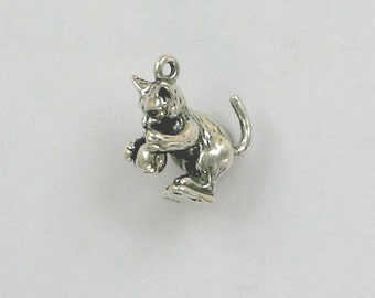 Sterling Silver 3-D Kitten with a Ball Charm