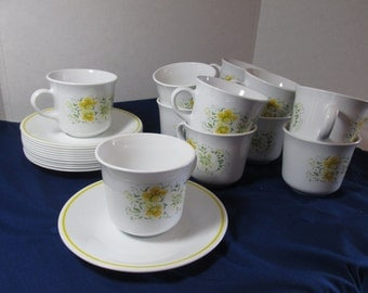 Corelle Ware  cups and saucers  yellow April flowers set of 12, Vintage 1970s