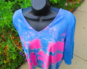 Ladies 1X blouse, INDIGO, Dark PINK Tied Resist Liz Claiborne womens upcycled shirt, 3/4 sleeve, one only, pre-washed, permanent colors